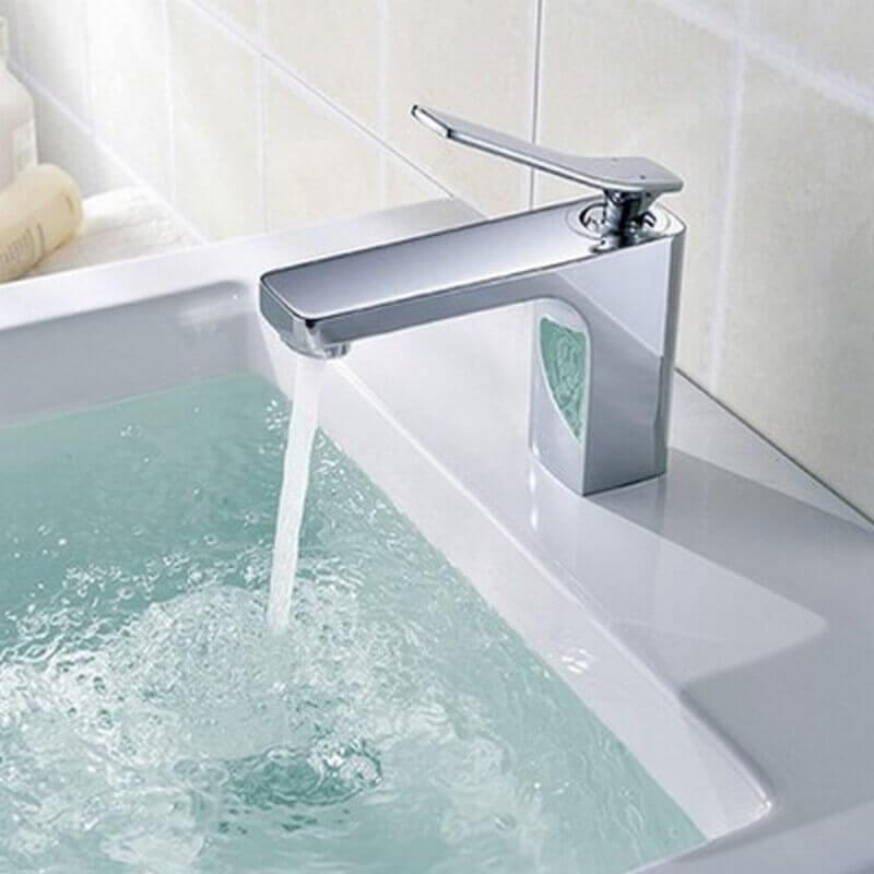 Robinet mitigeur carr chrom arcolor rue du bain - Mitigeur thermostatique salle de bain ...